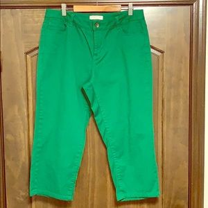 Coldwater Creek Green Cropped Pants